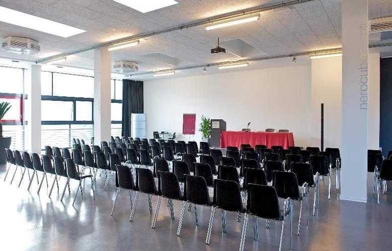 Nerocubo - Conference - 5