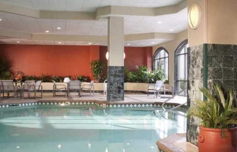 Embassy Suites Hotel Syracuse - Hotel - 9