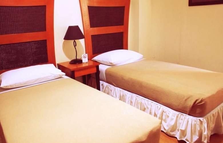 Creekside Amorsolo Hotel - Hotel - 16