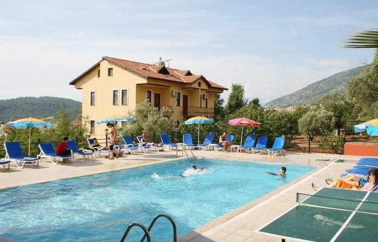 Eftelya Apart - Pool - 7