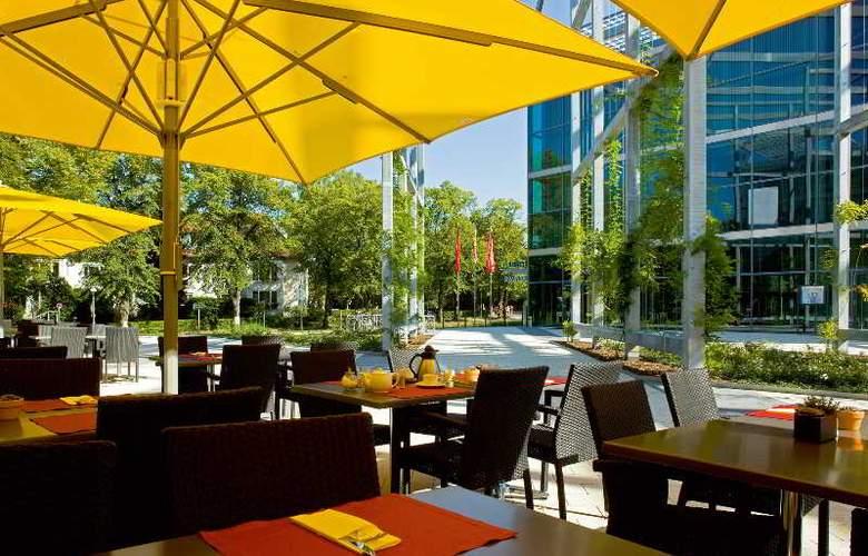 Seminaris Campus Hotel Berlin - Terrace - 2