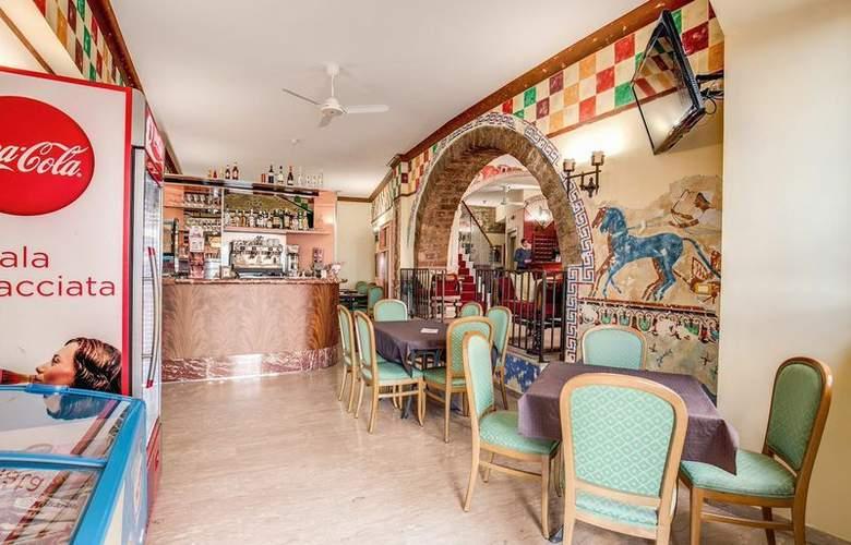 Hotel Roma - Bar - 3