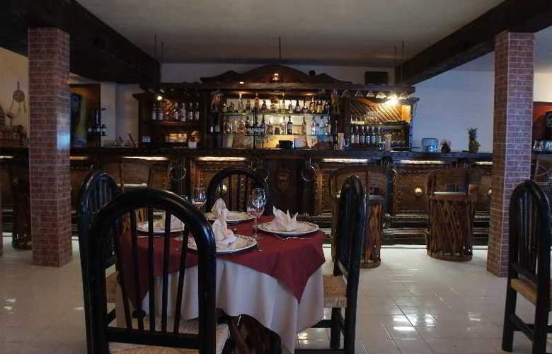 Hacienda Morelos - Restaurant - 15