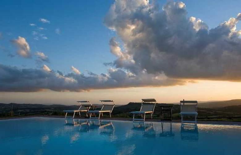 Saturnia Tuscany - Pool - 14