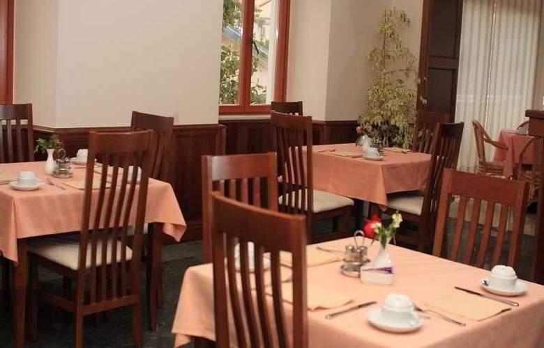 Zagreb - Restaurant - 23