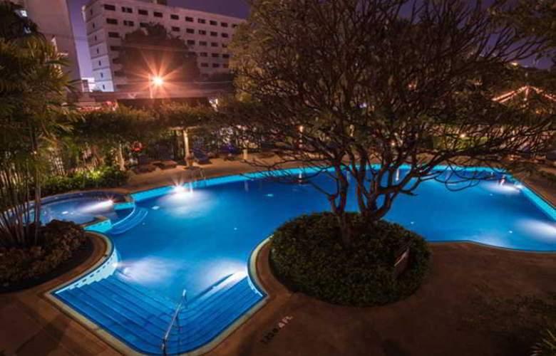 Imperial Mae Ping Hotel, Chiang Mai - Pool - 19