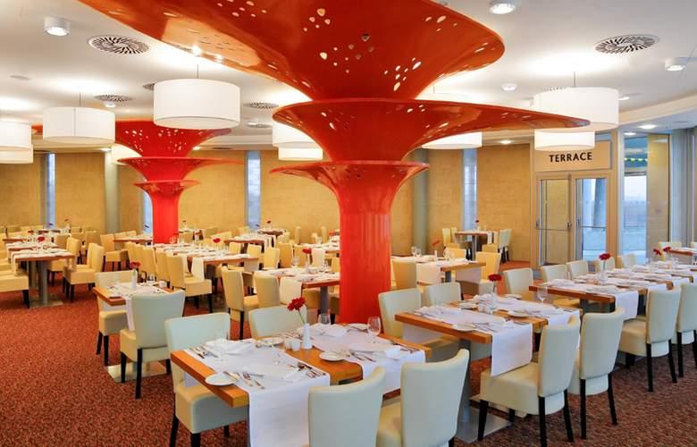 Aquapalace Hotel Prague - Restaurant - 4