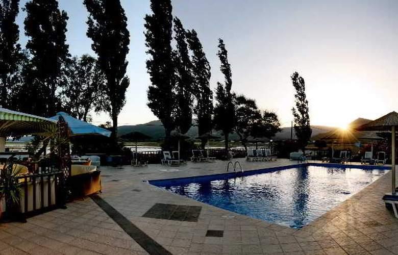 Aegeon - Pool - 12