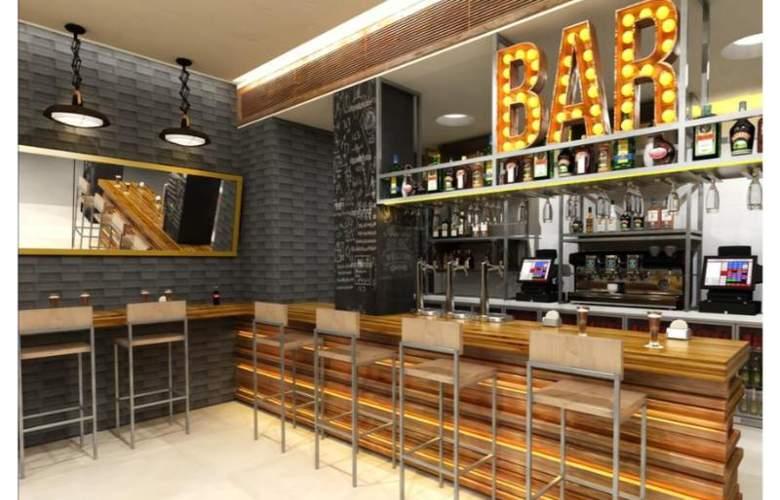 Benidorm Centre-Only Adults - Bar - 11