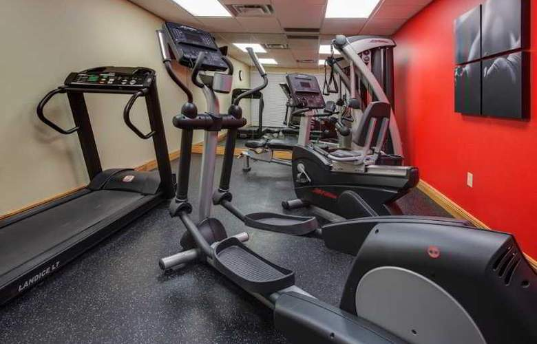 Country Inn & Suites By Carlson, Orlando - Sport - 3