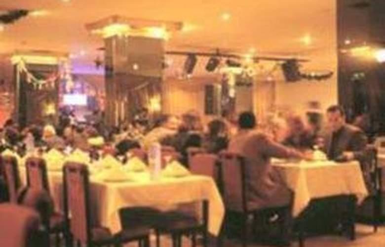 Planet - Restaurant - 5