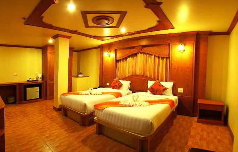 Tiger Hotel - Room - 8