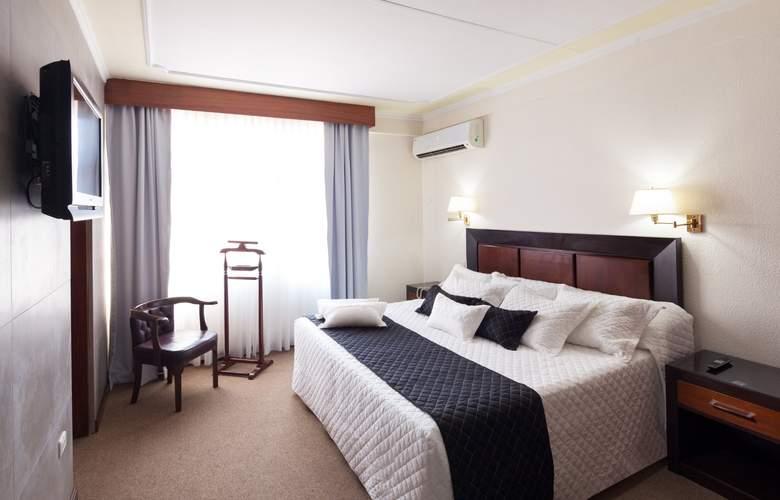 Cortéz - Room - 3