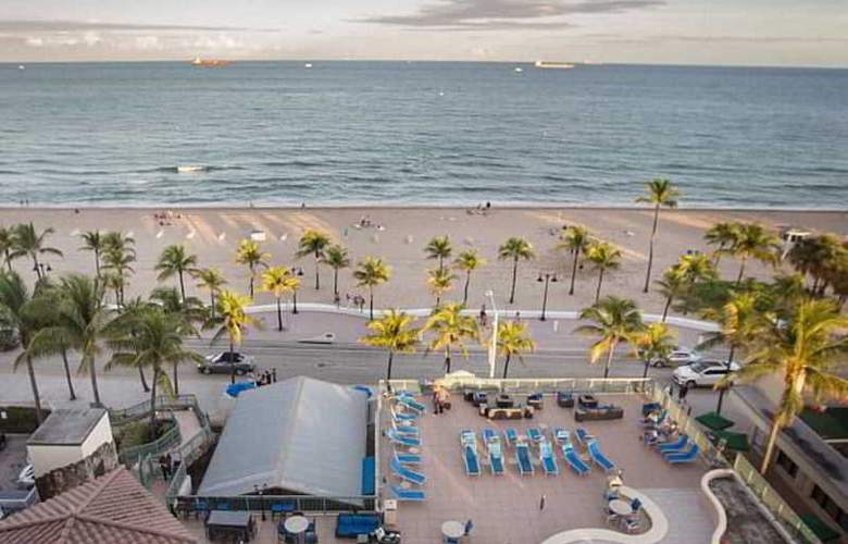 Courtyard By Marriott Fort Lauderdale Beach - Beach - 10