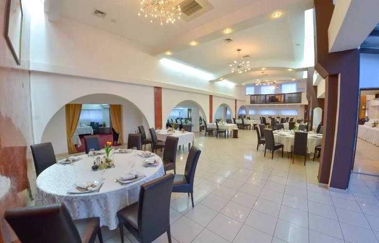 Apollo - Restaurant - 3
