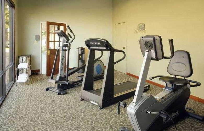 Best Western Plus Forest Park Inn - Hotel - 15