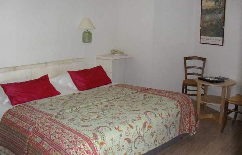 VAL BAUSSENC - Room - 18