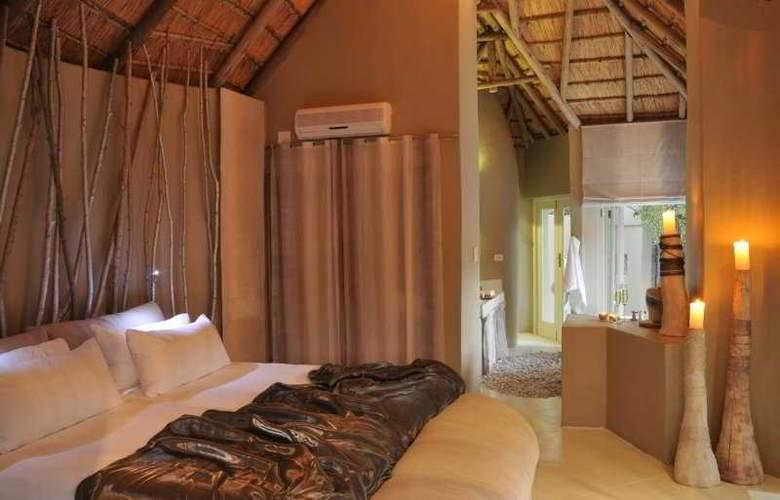 Clifftop Exclusive Safari Hideaway - Room - 3