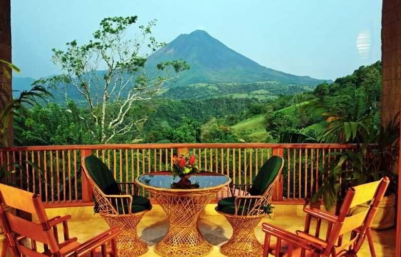 The Springs Resort & Spa - Terrace - 4
