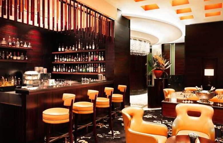 Jumeirah Frankfurt - Bar - 1