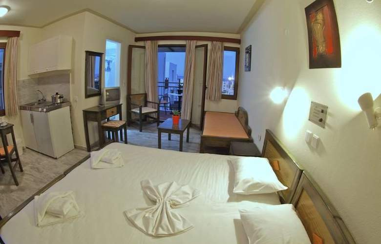 Alexandros M. Studios and Apartments - Room - 0