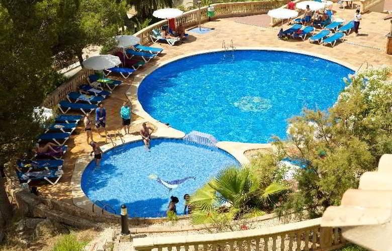Seramar Sunna Park Apartments - Pool - 17