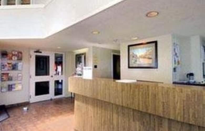 Comfort Inn (Newmarket) - General - 2