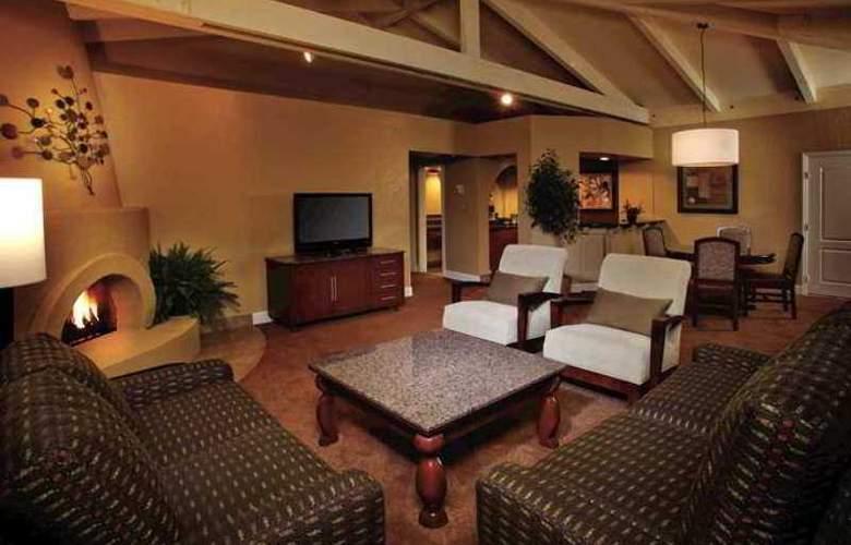 Pointe Hilton Tapatio Cliffs - Hotel - 9