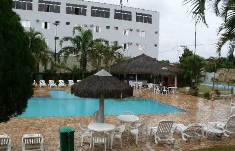 Astron Associado Primar Plaza Hotel - Pool - 1