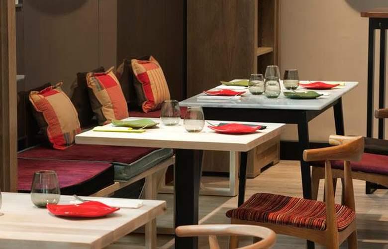 One Shot Luchana 22 - Restaurant - 14