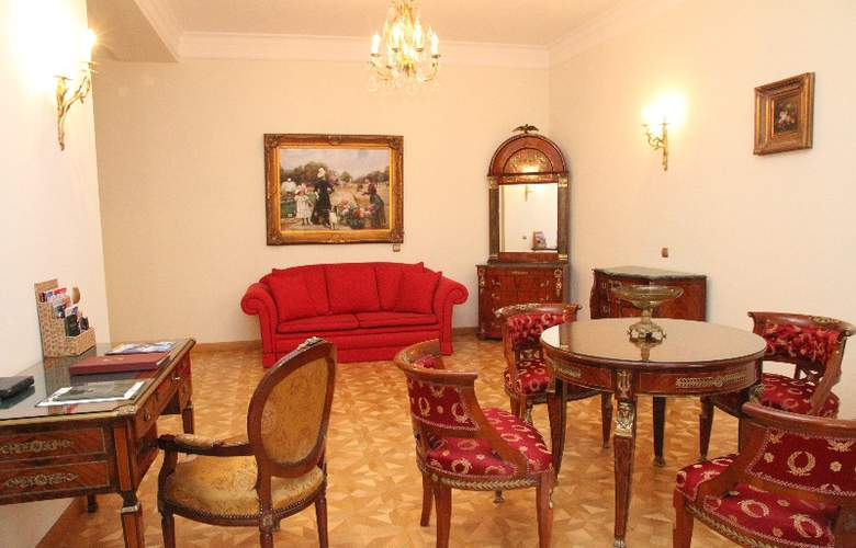 St George Residence - Room - 6