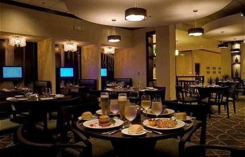 Crowne Plaza Memphis - Restaurant - 9