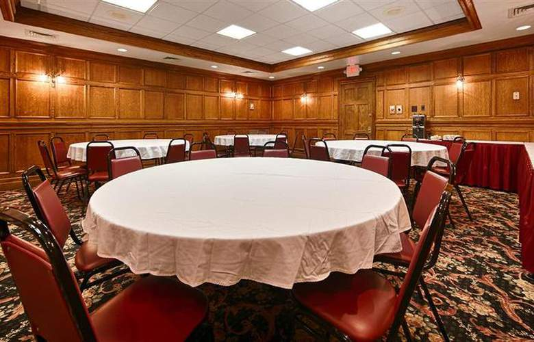 Best Western Greenfield Inn - Conference - 80