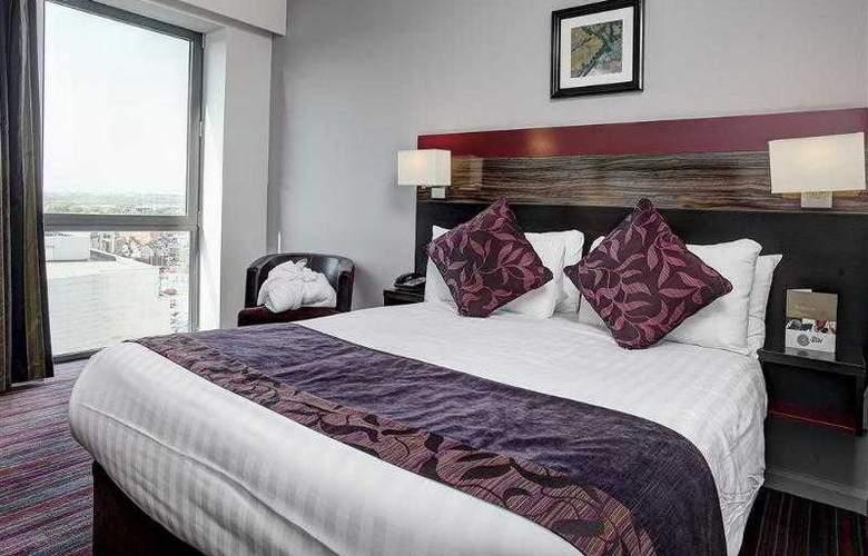 Clayton Cardiff - Room - 38