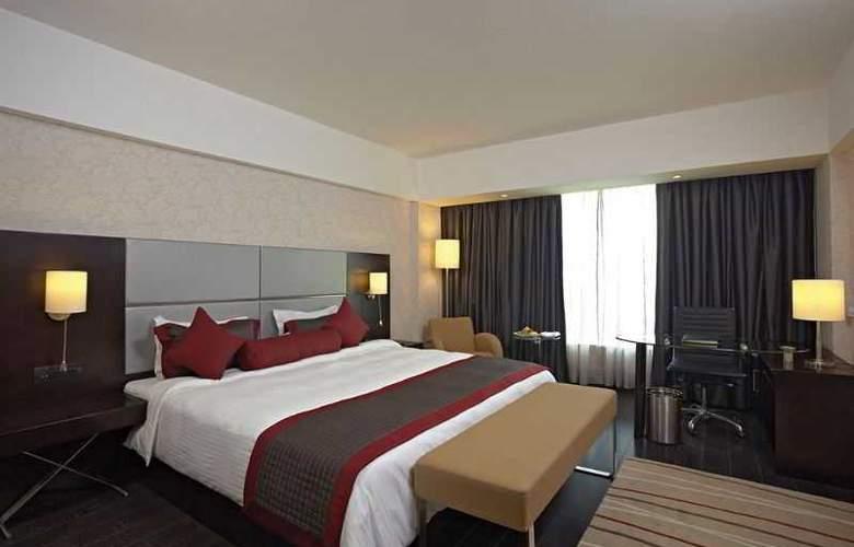 Country Inn & Suites By Carlson Gurgaon Sec 29 - Room - 1