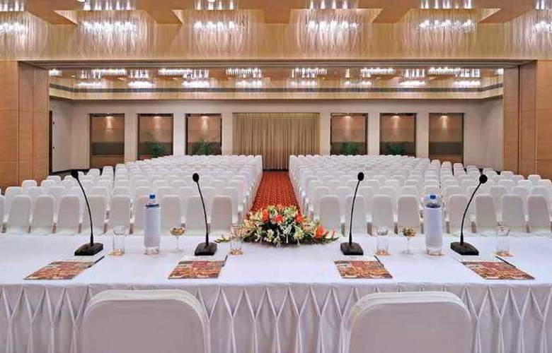 Hometel Chandigarh - Conference - 10