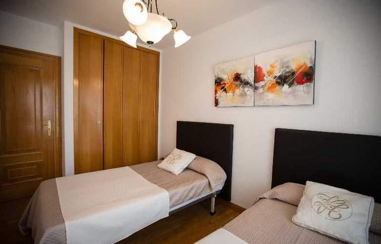 Apartamentos Gestion de Alojamientos - Room - 10