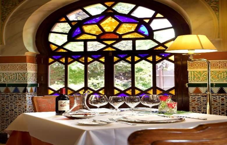 Alhambra Palace - Restaurant - 16