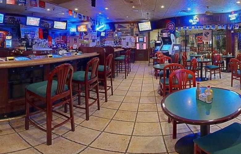 Americas Best Value Inn Downtown Las Vegas - Bar - 3