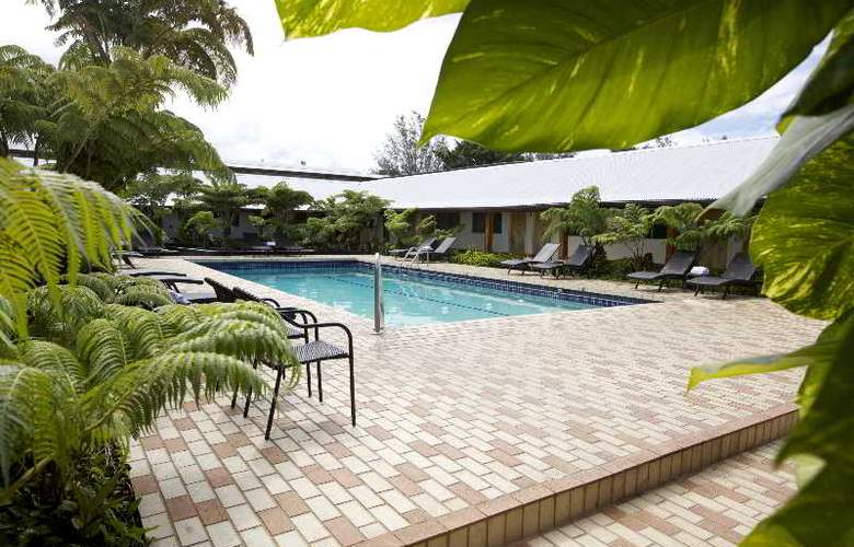 Hilo Seaside - Pool - 12