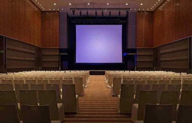Pullman Putrajaya Lakeside - Hotel - 44