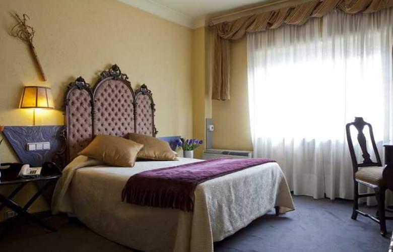 Quindos - Room - 24