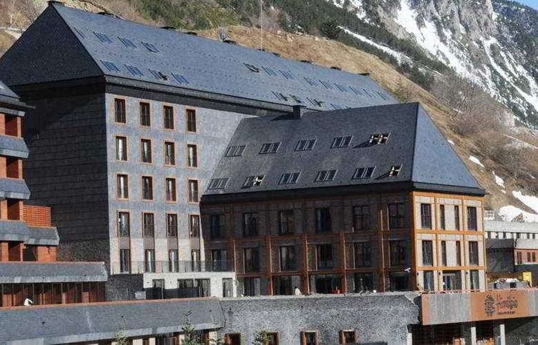 Himalaia Baqueira by Pierre & Vacances Premium - Hotel - 0
