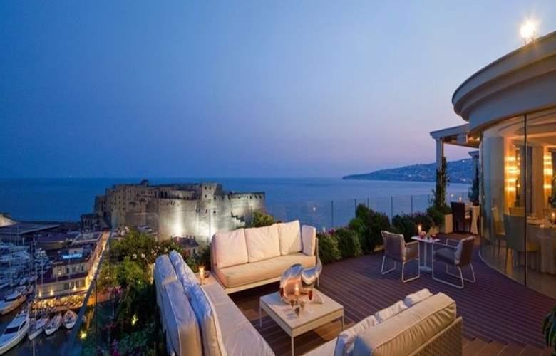 Grand Hotel Vesuvio Naples - Terrace - 13