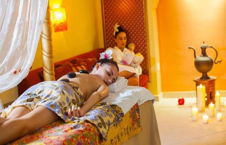 Aquamare Beach Hotel & Spa - Sport - 29