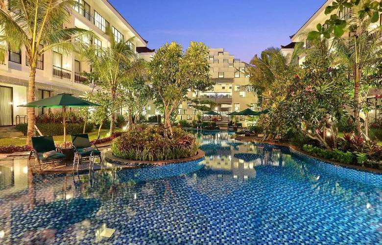 Bali Nusa Dua Hotel & Convention - Pool - 19