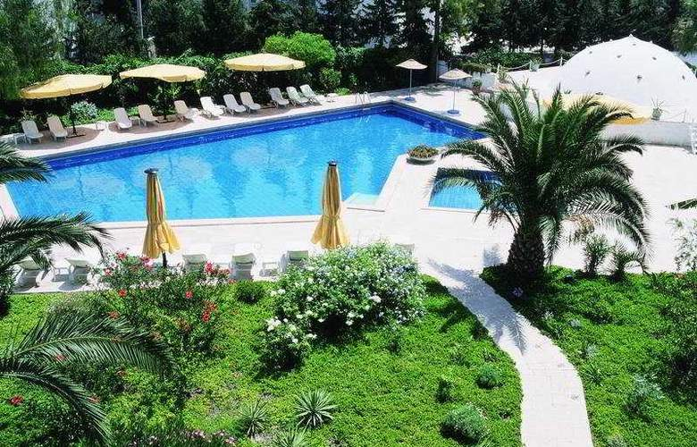 Karia Princess - Pool - 6