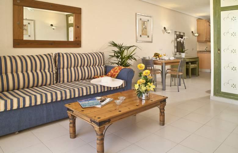 Paradise Court Aparthotel - Room - 5