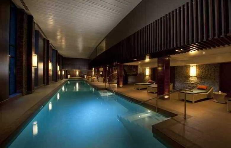 Hilton Queenstown - Hotel - 10