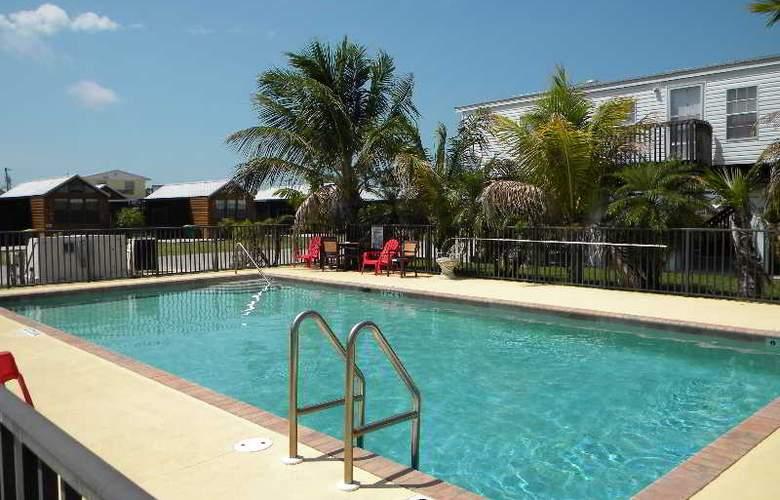 Miller's World - Glades Haven - Pool - 7
